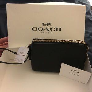 Coach wristlet, black